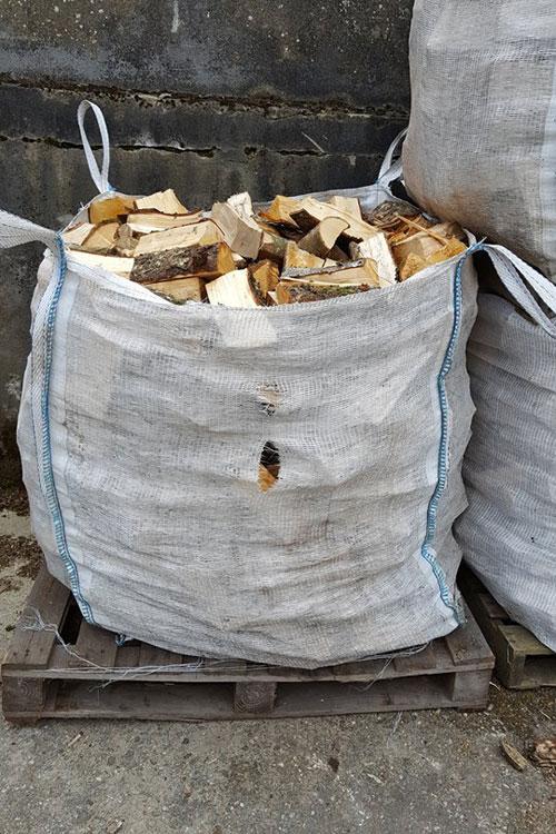 bags-firewood-baronscourt